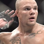 Anthony Smith responde al tuit de Jon Jones sobre su pelea